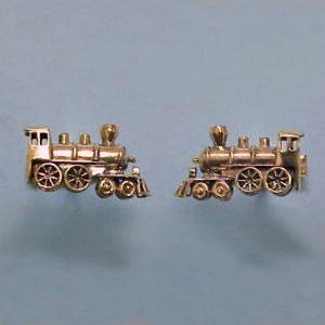 G 17 - 14K yellow gold 'train' cuff links.