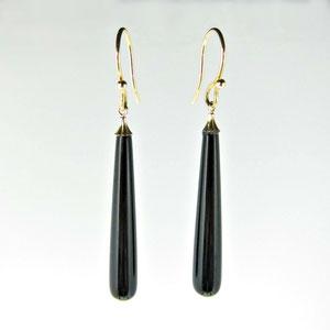 E 83 - 14K yellow gold earrings with black onyx dangles.
