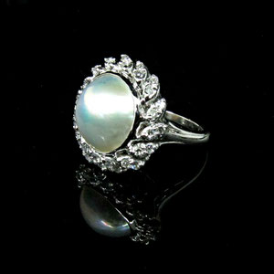CS36 - 14K white gold ring with diamonds and a center mabe pearl.