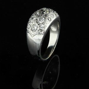 DF 19 - 14K white gold dome ring 3/4 view.