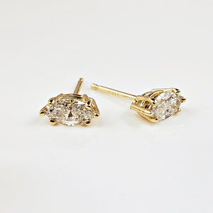 E 98 - 14K yellow gold earrings with marquise shapped diamonds