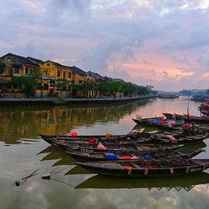 Hoi An – Blick über den Thu Bon Fluss in den frühen Morgenstunden