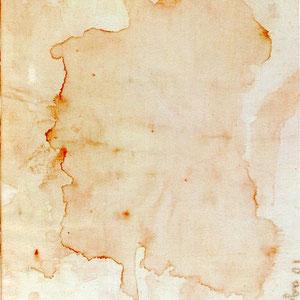 """""""Pezzuola"""" del 10 agosto 1949 (anniversario della Messa di Padre Pio), fotografata nel settembre 1962. Il processo di fusione dei due liquidi è, da molto tempo, terminato e gli arabeschi rosso-bruni si sono definitivamente fissati alla periferia del lino"""