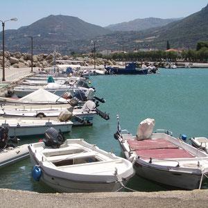 Bootshafen von Diakopto