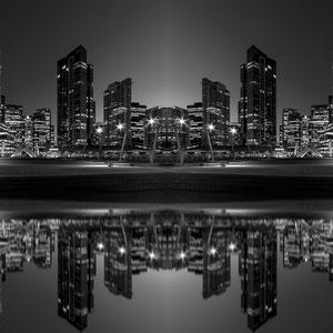 "Vantropolis - ""Rising Moon"" @ Christian Redermayer Photography"