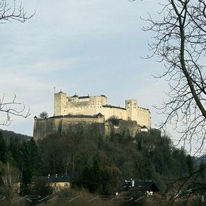 Festung Hohensalzburg vom Nonntal aus