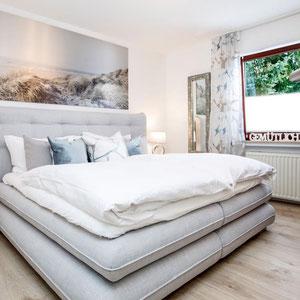 Boxspringbett Schlafzimmer - Ferienwohnung Winterberg