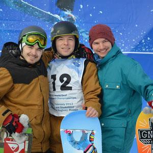 На 1 месте В.Савенков, на 2 месте (слева) А.Игнатенко