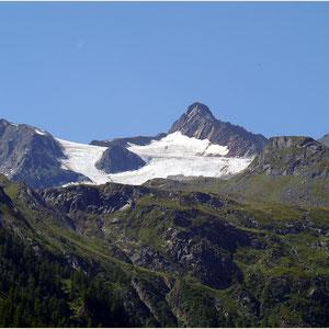 links Tossenhorn 3225m,rechts Tällihorn 3448m,Tälligletscher 11.08.2012