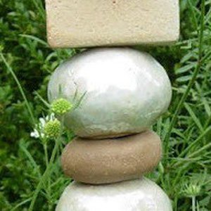 Keramik-Stele