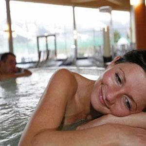 Bild: Die Besucher genießen und entspannen