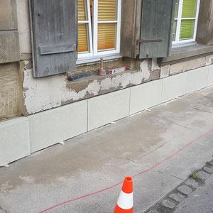 Sockel aus Berner Sandstein ersetzen, André Iseli Steinmetz