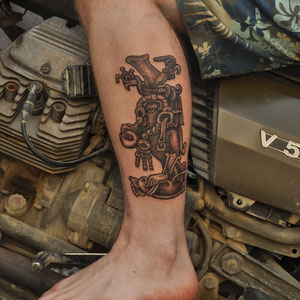 Jeroen, fellow traveler tattooed at Ricki Manuals Medway Moko in Christchurch , Te Wai Pounamu, Aotearoa Feb. 2016 by Dr.Notch