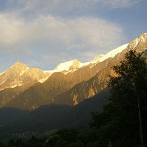 UTMB 2008 : vers les Houches - AU BOUT DES PIEDS
