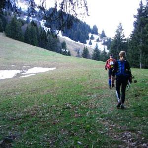 Annecîmes, Maxirace : montée au chalet du Sollier - AU BOUT DES PIEDS