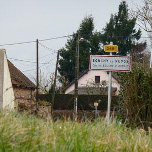 Bouchy-le-Repos - AU BOUT DES PIEDS