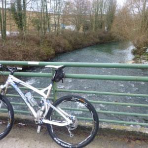 Grand-Morin : FIN : pont de Tresmes (retour par SNCF à la gare de Pommeuse) - Au Bout des Pieds