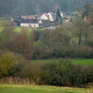 Chatillon-sur-Morin - AU BOUT DES PIEDS