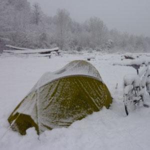 Rando cyclo, l'Ourcq : réveil sous la neige - Au Bout des Pieds