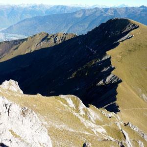 Pécloz (Bauges, 73) : l'Armenaz, vue du Pécloz - AU BOUT DES PIEDS