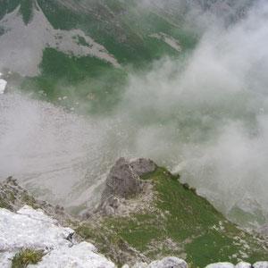 Arcalod (Bauges, 73) : versant ouest - AU BOUT DES PIEDS