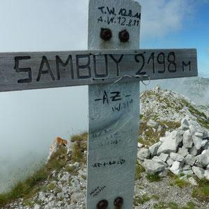 Sambuy (Bauges, 73) : sommet - AU BOUT DES PIEDS