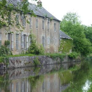 Canal d'Orléans  - Au Bout des Pieds