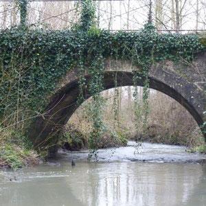 pont près de Bricot-la-Ville ? - AU BOUT DES PIEDS
