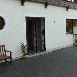 Verschnörkelte Tür- und Fenstergitter (rund)