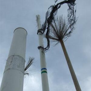 impacto de rayo en una antena de radio de navegacion
