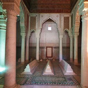 Mausoleum der Saadier-Gräber in Marrakesch, eine aus dem sechzehnten Jahrhundert stammende Nekropole. Sie wurden erst im Jahre 1917 wiederentdeckt und stammen aus Dynastie der Saadier.