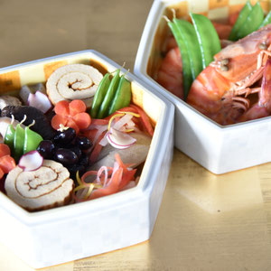 ©Apointy お節料理 器:渡辺国夫先生