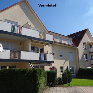 Vermietet. 2-ZM-DG-Wohnung inkl. EBK, BLK und Pkw-Stellpl. in Hanau Klein-Auheim