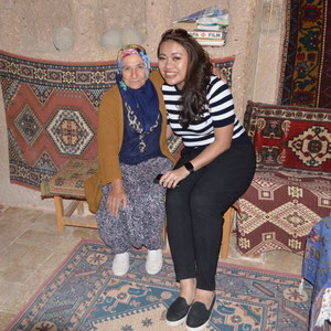 Anne mit Emine