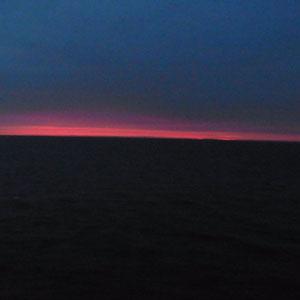 Sonnenaufgang auf dem Meer