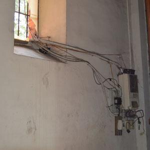 so wird in der Kirche in Saigon Strom verlegt