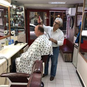 noch kurz beim Barbier vorbeigeschaut