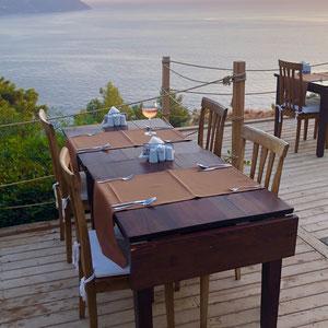 Sonnenuntergang zum Dinner