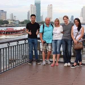 Familienbild - The German - Thai Family