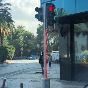 diese Rote Ampel sollte nicht zu übersehen sein.