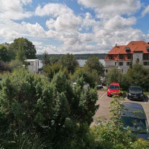 Blick vom Schlosshotel Berg auf den Starnberger See