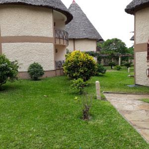 Garten, Hotel Neptune Paradise Beach Resort, Galu Strand, Südküste, Kenia, Afrika