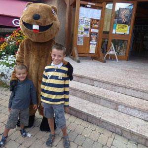 Photos souvenirs avec Griotte la Marmotte