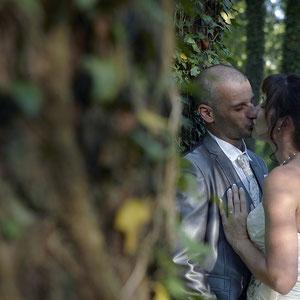 Mariage Portrait de Couple Annecy dans les bois