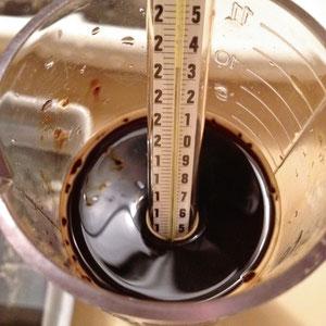 © annick maroussy - caffenol - le mélange à 23° environ -