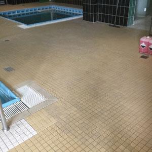 Schwimmbadreinigung von Schaller Gebäudereinigung