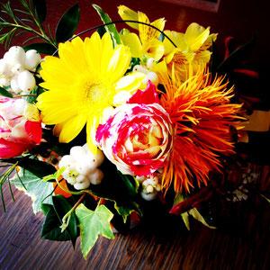 季節の花で5,000(税別)