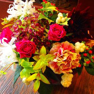 季節の花で6,000(税別)