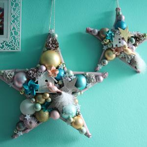 Stern in mit Vögeln in Pastelltönen passend zur mintfarbenen Wand gefertigt.