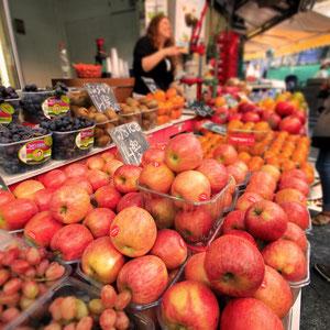 Fresh fruits and veggies at the Mahane Yehuda Market in Jerusalem, Israel © Sabrina Iovino   JustOneWayTicket.com